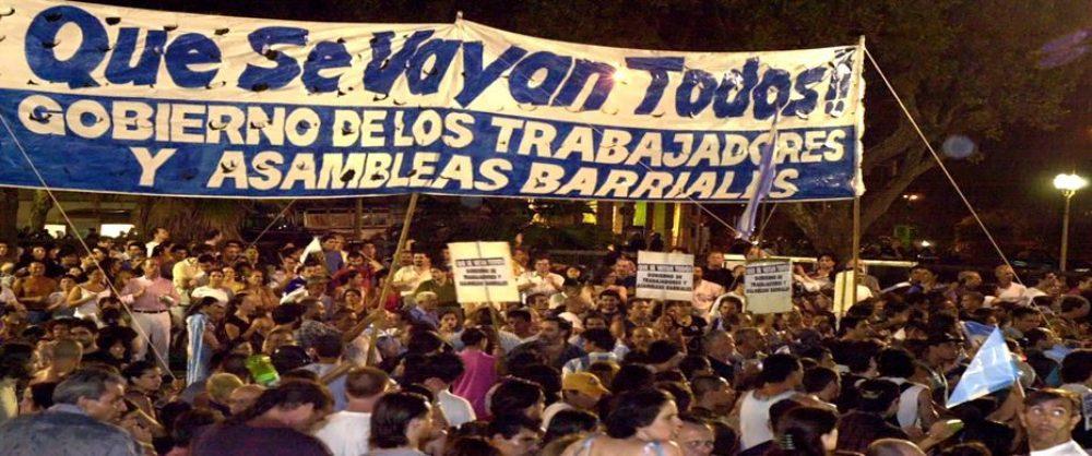 CACEROLAZO EN LA PLAZA DE MAYO, EL 26/01/2002